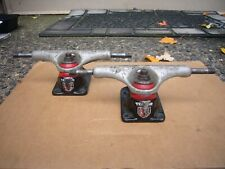 Used Skateboard Trucks ~ Dont Know The Brand ~ No Idea Whats Here ~ Look