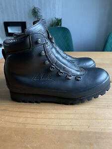 The Brasher Boots Hillmaster Size 8