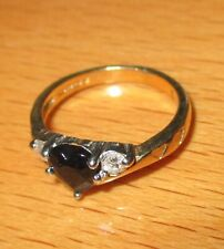STUNNING SECONDHAND 9ct YELLOW GOLD SAPPHIRE & DIAMOND TRILOGY HEART RING SIZE E