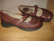 Womens 6 THOM McAN Brn Real Leather Mary Jane style Shoes CUTE & COMFY!