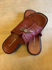 WEAR EVER BY BARE TRAPS Women's Sandals, Size 6.5M Red Leather