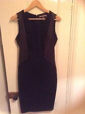 Halston Heritage de Net-a-porter Vestido Negro con paneles de cuero Talla 8