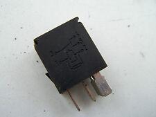Nissan Almera (00-03) Relay 25230 9F905