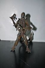 "McFarlane MOVIE MANIACS Series 6 Alien Resurrection Warrior 7"" Figure"