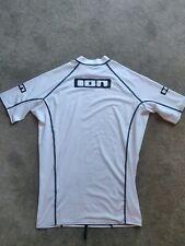 New listing ION Rash Shirt Large