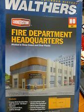 Walthers Cornerstone HO #933-3765 Fire Department Headquarters (kit form)