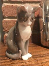 BING AND GRONDAHL B&G Cat Sitting #1876 Grey & White Kitten Denmark Signed MINT