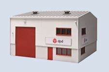 Wills SSM322 Modern DPD Distribution Depot Plastic Kit OO Gauge
