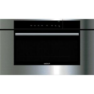 """Wolf 30"""" M Series Black Contemporary Convection Steam Oven CSO30TM/B/TH"""