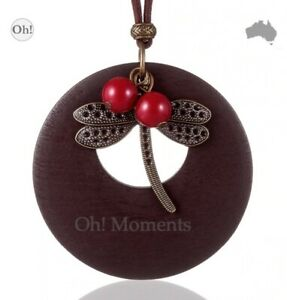 Melbourne Seller Large Dragonfly on Wooden Disc Jewellery Pendant Necklace Q133