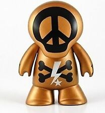 """Hollywood Skullz Coolz in GOLD  2.5"""" tall Peace Love & Palm Trees Tabloid Hero"""
