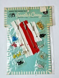 1966 accessory kit from Mattel. Modern Teen Fashions for Francie & Casey