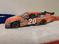 Tony Stewart 2008 #20 Home Depot Toyota Camry 1/24 NASCAR ACTION Joe Gibbs