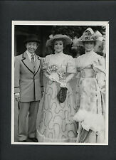 JANE WYMAN + ABBY DALTON IN EARLY 2OTH CENTURY COSTUMES - FALCON CREST TV SERIES