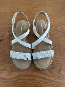 NEW Hanna Andersson Shoes Girl White & Silver Leather Sandal Cushy Insoles Sz 3