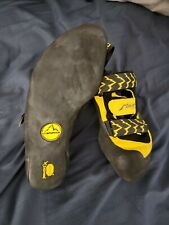 La Sportiva Miura Vs Men's climbing shoes. Very clean. Tried on. Don't fit me.