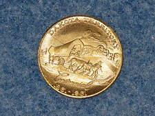 1960 Dakota Territory Centennial 1861-1961 Golden Bronze Souvenir Medal B9907