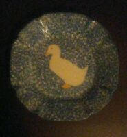 "Vintage 8.5"" Dish Pottery Blue Stipple Speckled Duck Collectible Pottery Plate !"