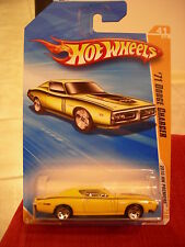 Hot Wheels '71 Dodge Charger Yellow 2010 New Models