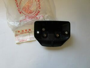 HONDA MTX50/80,XL125/200/250/300/500 ETC ETC REAR LIGHT BRACKET 33712-MC4-611
