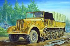 Famo Sd.kfz.9/18 Ton Halftrack 1:72 Plastic Model Kit TRUMPETER
