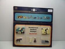 Miniaturen 16084 - H0 - 60tlg. Pferdefuhrwerk-Handkarre u. Beladegut - #9446