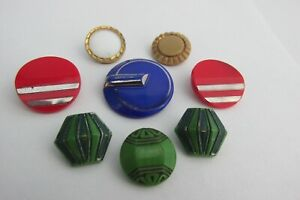 Lot of 8 Vintage Art Deco Glass Buttons 2 Red 1 Cobalt Blue 3 Green 1 White 1Tan