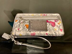 Coach Poppy Graffiti Accordion Zip Wristlet Wallet