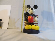 Mickey Mouse with flag Medium Fig