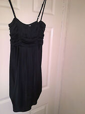 NEW LADIES BLACK DRESS  STRETCHY MATERIAL SIZE 14 DOROTHY PERKINS