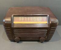 RCA Victor 65X1 1940s Brown Bakelite Radio Working Condition