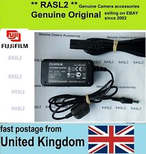 Genuino Original Fujifilm AC Adaptador AC-84V 8.4 V Finepix S100fs S200exr S205exr