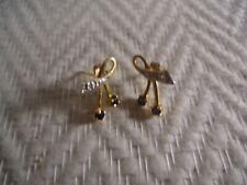 Anciennes boucles d oreilles en or massif 18 k et pierre bleue (saphir)
