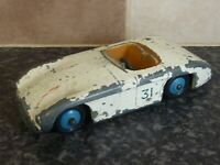 VINTAGE DINKY TOYS No.133 CUNNINGHAM C-5R 33 RACE CAR WHITE BODY BLUE HUBS