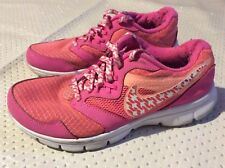 Women's girls Nike trainers shoes size 4 gym running