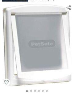 PetSafe Staywell 740SGIFD Medium Pet Door - White