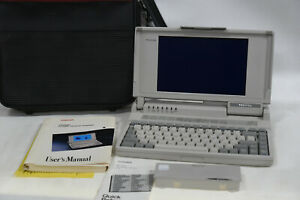 Vintage Toshiba T1000SE Laptop Computer with Accessories - No Power Supply