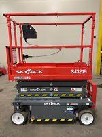 BRAND NEW 2021 Skyjack SJ III 3219 19 in. Electric Scissor Lift 5 YEAR WARRANTY