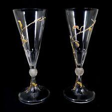 1. von 2. Großes Weinglas mit aufgelegten, vergoldeten Ranken, Moser um 1899