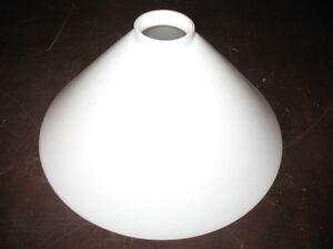 Lampenschirm Glas Berliner Messinglampen verschiedene Modelle Größen Farben 20cm
