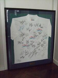 Sydney 2000  Olympic SWIMMING T-Shirt (full team)  ...  signed & framed