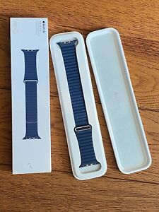 Apple Watch Leather Loop Strap Blue 42mm Large (MJ512ZM/A)