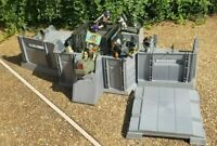 Original 1983 GI JOE HEADQUARTERS COMMAND CENTER near Complete ARAH