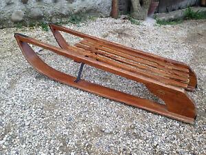 Ancienne belle luge en bois vintage pour servir ou pour déco chalet montagne