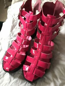 ladies gladiator sandals size 8