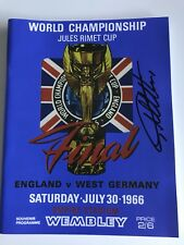 ENGLAND 1966 WORLD CUP PROGRAMME HAND SIGNED BY GEOFF HURST - PHOTO PROOF
