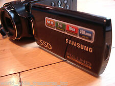 Samsung HMX-H204 Full High Definition 1920x1080 Camcorder Bag AC Cable Battery