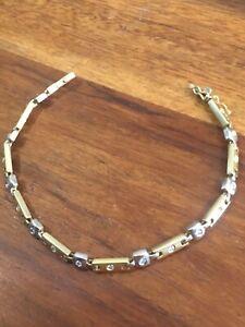 18ct Yellow /white gold (13.25g DIA ) Bracelet Hallmarked Great condition