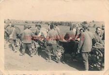 Foto, russische Gefangene auf dem Transport (N)1678