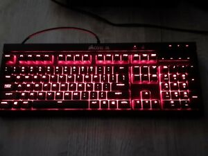 Corsair Gaming K70 Mechanical Gaming Keyboard - Backlit Red LED - Cherry MX Red